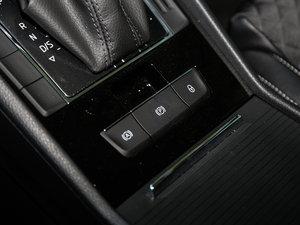 2016款330TSI DSG创行版 驻车制动器