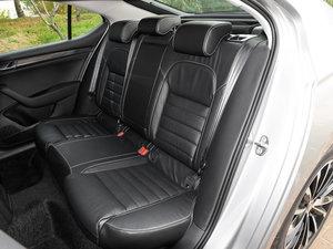 2016款280TSI DSG冠军版 后排座椅