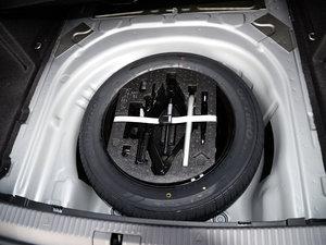 2016款280TSI DSG冠军版 备胎