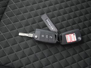2016款280TSI DSG创行版 钥匙