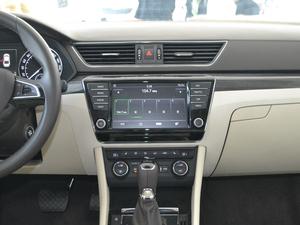 2017款280TSI DSG冠军版 中控台