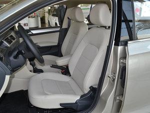 2016款1.6L 自动尊行版 前排座椅