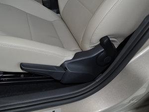 2016款1.6L 自动尊行版 座椅调节