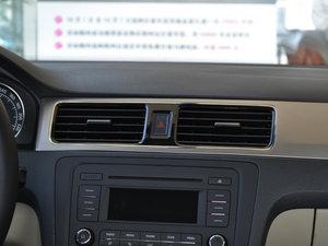 2016款1.6L 自动尊行版 空调出风口