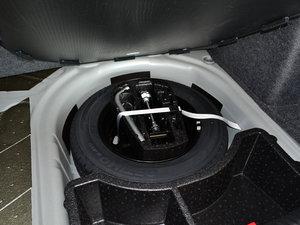 2016款1.6L 自动尊行版 备胎