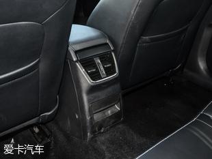 2017款明锐后备厢空间-性价比为王 斯柯达新明锐对比大众速腾高清图片
