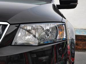 2017款1.6L 手动创行版 头灯