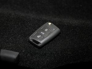 2017款280TSI 自动智行版      钥匙