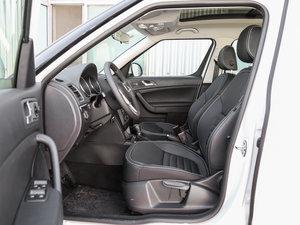 2017款280TSI DSG车享兄弟版 前排空间