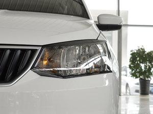 2017款1.4L 自动车享版 头灯