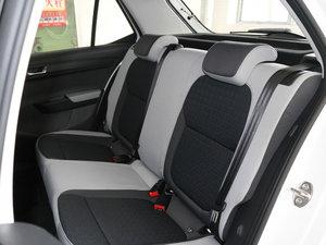 2017款1.4L 自动创行版 后排座椅