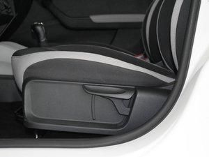 2017款1.4L 自动创行版 座椅调节