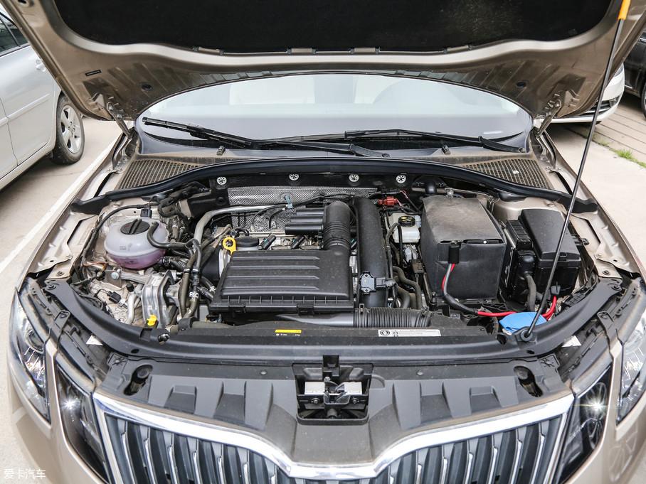 明锐搭载了1.2T、1.4T和1.5L三款发动机,其中代号EA211的1.4T发动机经调校后的最大功率为110kW(150Ps)/5000rpm,峰值扭矩为250Nm/1750-3000rpm。