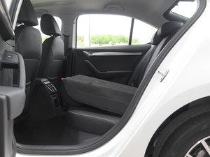 2018款230TSI 自动豪华版 后排座椅放倒