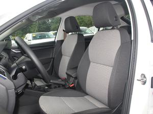 2018款经典款 1.6L 自动舒适版 前排座椅