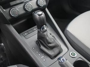 2018款经典款 1.6L 自动舒适版 变速挡杆