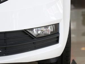 2018款230TSI 自动舒适版 雾灯