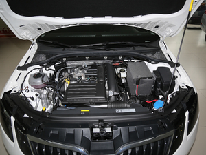 2018款230TSI 自动豪华优享版 发动机