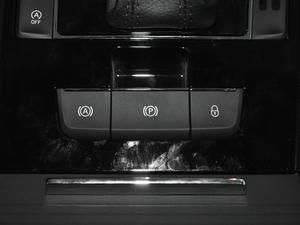2018款330TSI DSG豪华版 驻车制动器