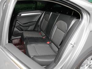 2018款330TSI DSG舒适版 后排座椅