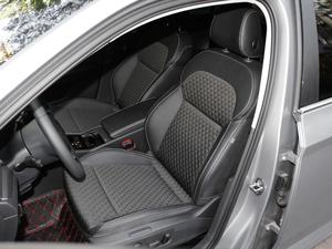 2018款330TSI DSG舒适版 前排座椅