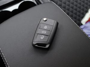 2018款330TSI DSG舒适版 钥匙