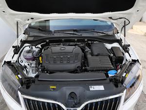 2018款330TSI DSG豪华版 国VI 发动机