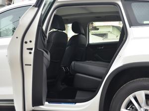 2018款TSI330 5座豪华优享版 后排座椅放倒