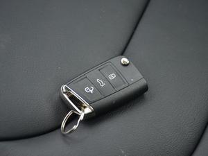 2018款TSI330 5座豪华优享版 钥匙