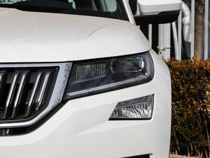 2018款改款 TSI330 5座两驱豪华优享版 头灯