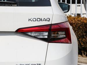 2018款改款 TSI330 5座两驱豪华优享版 尾灯