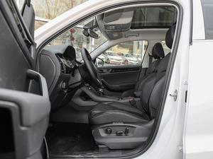 2018款改款 TSI330 5座两驱豪华优享版 前排空间