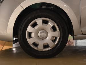2018款1.4L 手动标准版 轮胎
