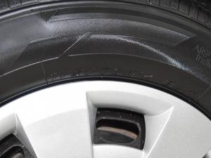 2018款1.4L 手动标准版 轮胎尺寸