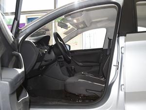 2018款1.4L 手动标准版 前排空间