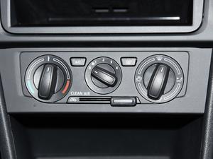 2018款1.4L 手动标准版 空调调节