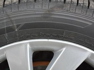 2018款1.6L 自动舒适版 轮胎尺寸