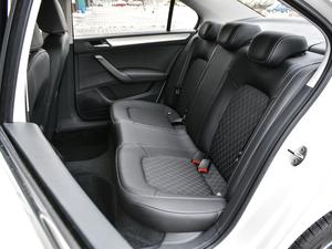 2018款1.6L 自动舒适版 后排座椅