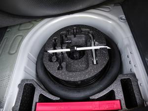 2018款1.5L 自动舒适版 备胎
