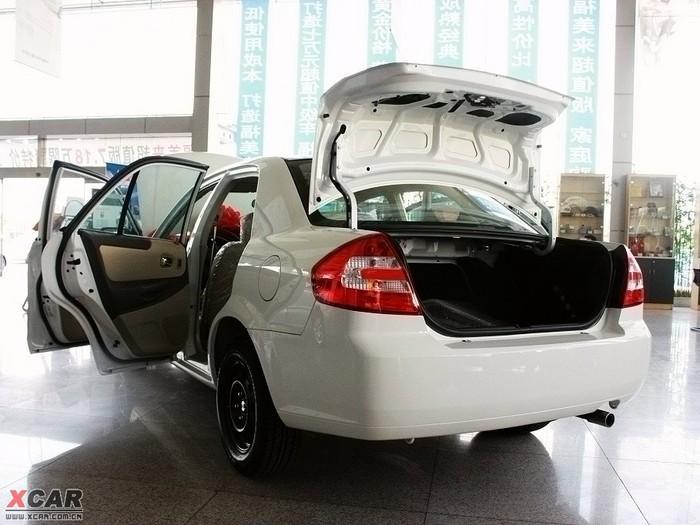 文章 论坛 当前位置: 爱卡首页 汽车图片 海马 海马汽车 2008款福美来