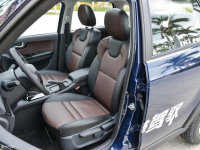 空间座椅海马S7前排座椅
