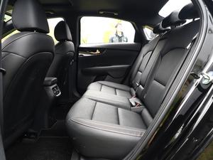 2019款1.5L CVT豪华版 后排空间