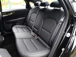 2019款1.5L CVT豪华版 后排座椅