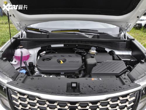 2021款 起亚KX5 2.0L 自动两驱舒适版