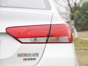 2017款1.6T 自动T-DLX 尾灯