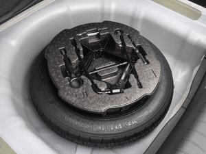 2017款1.6T 自动T-DLX 备胎