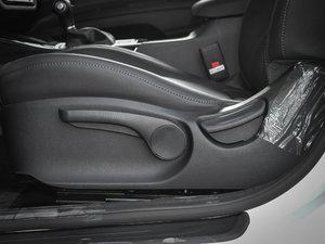 2017款1.6T 自动T-PRM 座椅调节