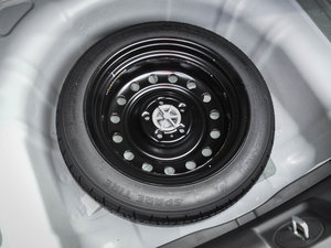 2017款1.6T 自动T-PRM 备胎