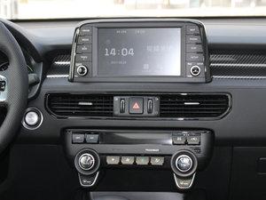 2017款2.0L T-GDI 自动四驱LUX 空调出风口