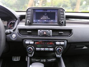 2017款2.0L T-GDI 自动四驱DLX 中控区